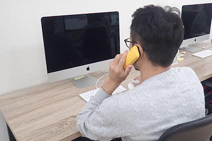 在籍確認の電話連絡のイメージ画像